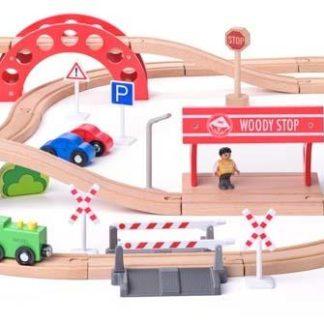 Vláčkodráha s elektrickou mašinkou a viaduktem