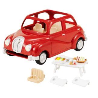 Rodinné auto červené